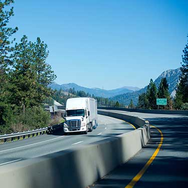 fulfillment-and-distribution-r+l-global-logistics-supply-chain