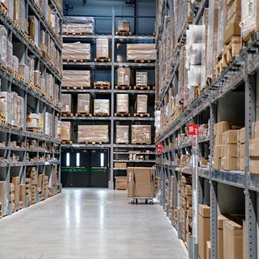 -r+l-global-logistics-warehousing-fulfillment-distribution-warehouse-throughput-what-to-look-for-clean