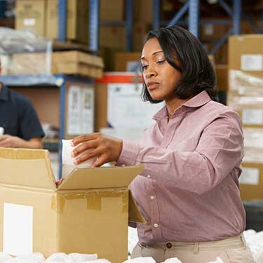 -r+l-global-logistics-warehousing-fulfillment-distribution-what-makes-r+l-global-pick-and-pack-work-batch-picking